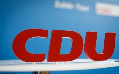 Γερμανία: Διευρύνουν το προβάδισμα με 28% οι Χριστιανοδημοκράτες – Στο 19% οι Πράσινοι