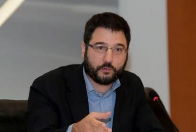 Ηλιόπουλος (ΣΥΡΙΖΑ): Πλιάτσικο στις τσέπες των πολιτών το νέο ασφαλιστικό