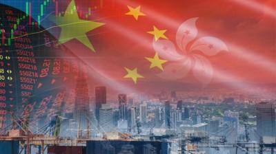 Χονγκ Κονγκ: O ψυχρός πόλεμος ΗΠΑ και Κίνας και ο κορωνοϊός βυθίζουν την οικονομία – Ύφεση -8% το 2020