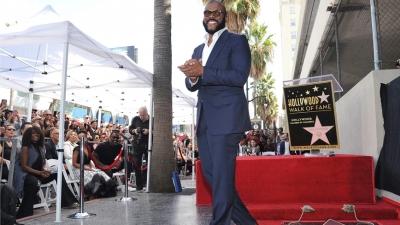 Ποιος είναι ο δισεκατομμυριούχος που πρόσφερε σπίτι για να μείνουν στο Hollywood οι Meghan - Harry