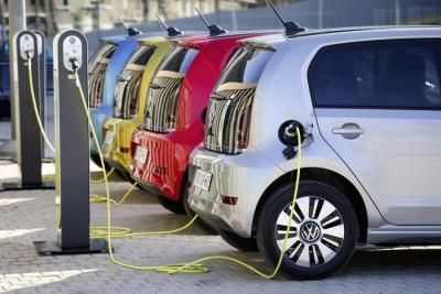Ηλεκτρικά αυτοκίνητα στην Αυστρία: Δεκαπλασιάστηκαν, αλλά τα 50.000 που κυκλοφορούν είναι το 1% του συνόλου