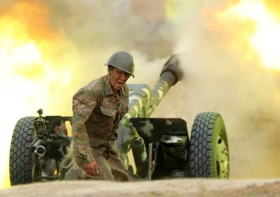 Υπ. Άμυνας Αρμενίας: Νέα ευρείας κλίμακας επίθεση του στρατού του Αζερμπαϊτζάν στο Nagorno Karabakh