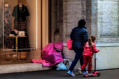 Ιταλία: Εκτιμήσεις για ραγδαία αύξηση της φτώχειας το 2020, εξαιτίας του κορωνοϊού