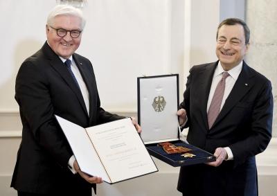 Γερμανία: Τίμησε τον M. Draghi για την προσφορά του στην Ευρώπη και στην Γερμανία