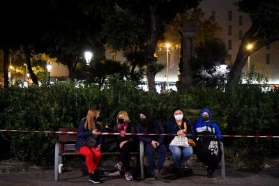 Ισπανία: Επιστρέφει η νυχτερινή απαγόρευση κυκλοφορίας στη Βαρκελώνη