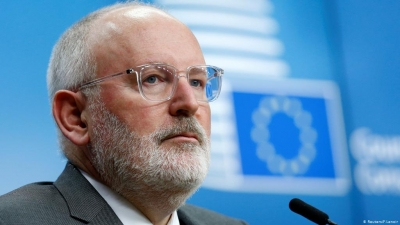 Timmermans (EE): Σημαντικός ο ρόλος του φυσικού αερίου για τη μετάβαση τους από τον λιγνίτη στις ΑΠΕ
