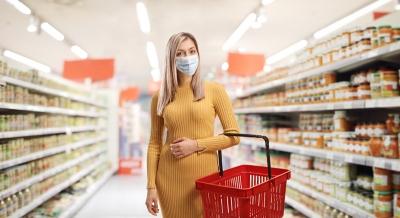 ΙΕΛΚΑ: Μέση εξοικονόμηση 350 ευρώ για τα νοικοκυριά από τις προσφορές και εκπτώσεις στα σουπερμάρκετ