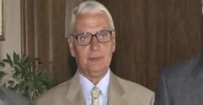 Πέτρος Παραράς: «Ο εμβολιασμός θα πρέπει να γίνει υποχρεωτικός - Λόγος απόλυσης ή περικοπής μισθού»