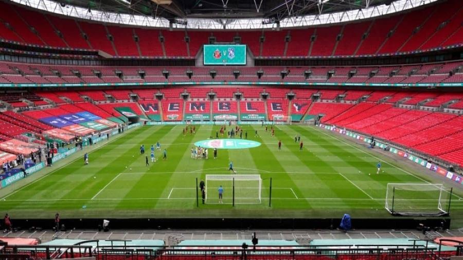 EFL: «Θυσιάζει» τον τελικό ανόδου της Championship, για να φέρει το Champions League στο Γουέμπλεϊ