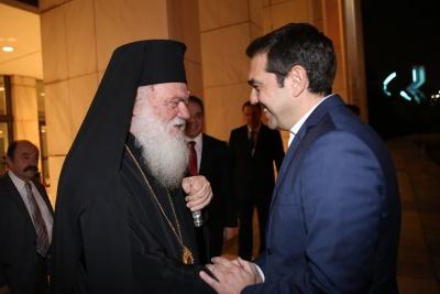 Τσίπρας σε Ιερώνυμο: Η εκκλησία να συμβάλλει στην προσπάθεια περιορισμού του κορωνοϊού