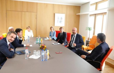 Σύνοδος Κορυφής: Συνάντηση Μητσοτάκη, Μerkel, Μacron, Sánchez και Conte - Eίμαστε πλειοψηφία, λέει ο Ιταλός πρωθυπουργός
