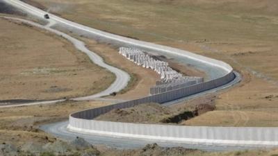 H Tουρκία χτίζει τείχος εκατοντάδων χλμ. για να σταματήσει τις προσφυγικές ροές από το Αφγανιστάν