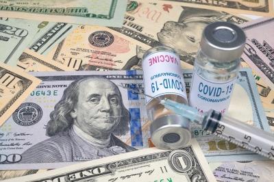 ΗΠΑ: Μια μπίρα ή 100 δολάρια, τα κίνητρα για τον εμβολιασμό ποικίλλουν