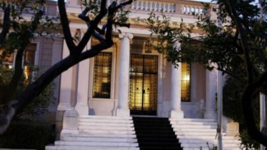 Έκκληση προς τις τράπεζες για τη σωτηρία του ΔΟΛ απηύθυνε ο διευθυντής του Βήματος, Αν. Καρακούσης