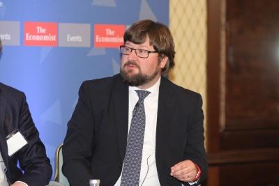 Giammarioli (ESM): Σε μείωση του χρέους κατά 25% έως το 2060 θα οδηγήσουν τα βραχυπρόθεσμα μέτρα