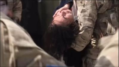 Συγκλονιστικές εικόνες απελπισίας έξω από το αεροδρόμιο της Καμπούλ: Άνθρωποι ποδοπατούνται μέχρι θανάτου