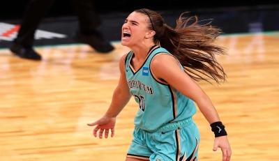 Σαμπρίνα Ιονέσκου: To κορίτσι - θαύμα του WNBA (video)