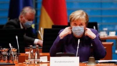 Η Merkel (Γερμανία) προειδοποιεί την ΕΕ για την πιθανότητα ενός Brexit χωρίς συμφωνία