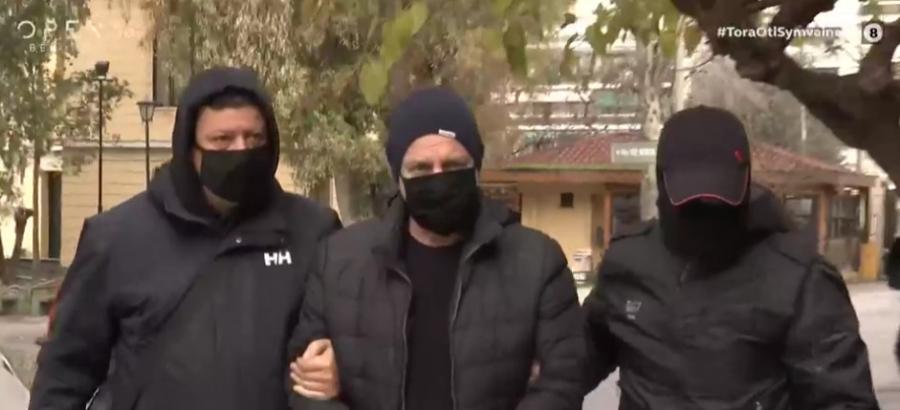 Ενώπιον της Δικαιοσύνης ο Λιγνάδης με την κατηγορία για βιασμό κατά συρροή - «Σκοτεινή υπόθεση» για την κυβέρνηση