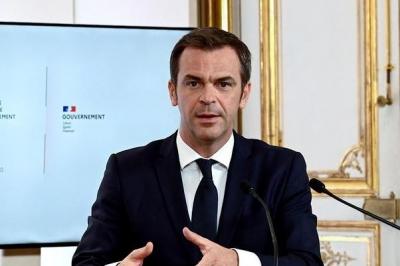 Και η Γαλλία σχεδιάζει την απαγόρευση εξαγωγών εμβολίων για τον Covid