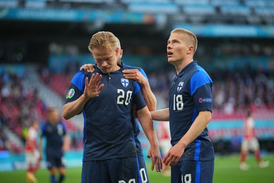 EURO 2020, Δανία – Φινλανδία 0-1: Το «θρίλερ» ολοκληρώθηκε και η «πρωτάρα» έγραψε ιστορία!