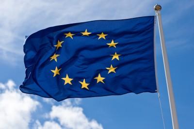 ΕΕ: Τάσσεται υπέρ των κυρώσεων σε όσους παραβιάζουν το εμπάργκο όπλων στη Λιβύη