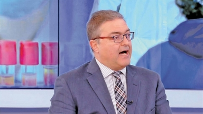 Βασιλακόπουλος: Να επεκταθούν οι υποχρεωτικοί εμβολιασμοί – Θα ζήσουμε πολύ δύσκολες στιγμές