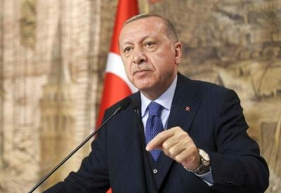 Τουρκία: Ο Erdogan «καρατόμησε» δύο υφυπουργούς Οικονομικών