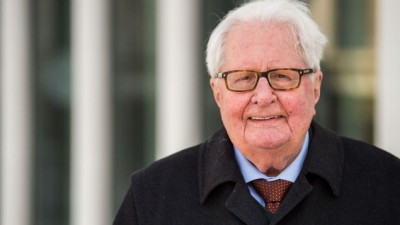 Έφυγε από τη ζωή στα 94 του χρόνια ο Hans Jochen Vogel - Εμβληματική προσωπικότητα του SPD