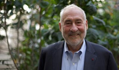 Stiglitz (Columbia): Ήρθε ο καιρός να εγκαταλείψει ο Powell τη Federal Reserve… κάνει τα ίδια λάθη με τον Greenspan