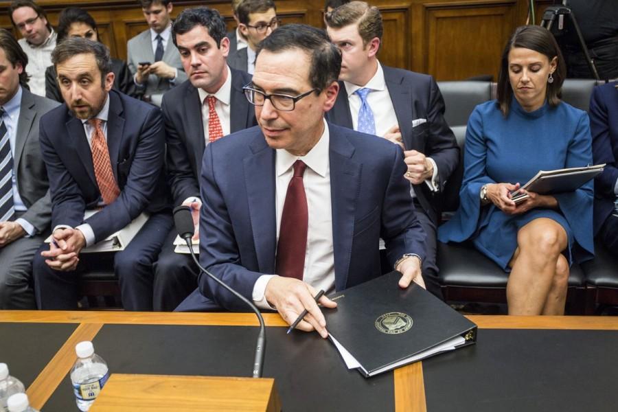 Mnuchin (ΥΠΟΙΚ ΗΠΑ): Αφαιρεί 400 δισ. δολ. από το «οπλοστάσιο» της διαδόχου του Yellen
