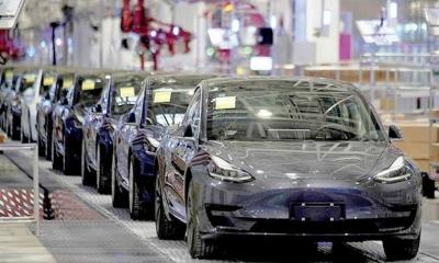 Τesla: Δεν θα μειώσουμε την παραγωγή μας στην Κίνα εξαιτίας της έλλειψης ημιαγωγών