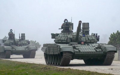 Άρματα μάχης και τεθωρακισμένα οχήματα δώρισε η Ρωσία στη Σερβία
