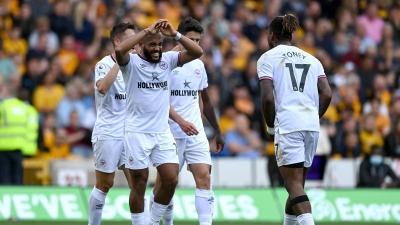 Γουλβς - Μπρέντφορντ: Πρώτη εκτός έδρας νίκη (2-0) μετά από 74 χρόνια για τις «μέλισσες»