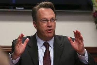 Williams (Fed Νέας Υόρκης): Ισχυρή ανάπτυξη, αλλά δεν υφίστανται οι προϋποθέσεις για αλλαγή της νομισματικής πολιτικής