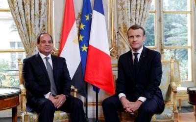 Για την αποχώρηση των ξένων στρατευμάτων από τη Λιβύη συζήτησαν Macron – Sisi