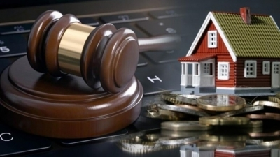 Το Υπουργείο Δικαιοσύνης πάντρεψε» την απαγόρευση των πλειστηριασμών με το νέο πτωχευτικό κώδικα
