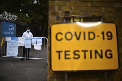 Βρετανία: 55.000 κρούσματα Covid και 563 νεκροί σε ένα 24ωρο