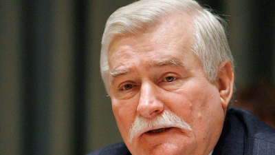 Εκτάκτως στο νοσοκομείο ο πρώην πρόεδρος της Πολωνίας, Lech Walesa