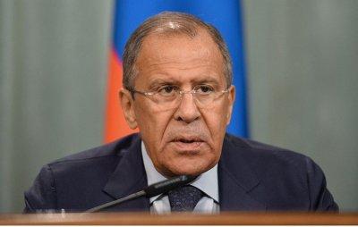 Lavrov: O Macron αποδέχθηκε πρόσκληση για να επισκεφθεί τη Ρωσία