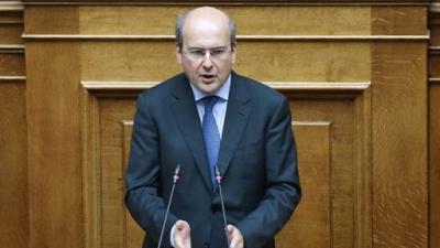 Με 7 αλλαγές «μαχαίρι» στις απεργίες και με στήριξη μισθολογικών ωριμάνσεων κατατέθηκε στη Βουλή το νέο εργασιακό