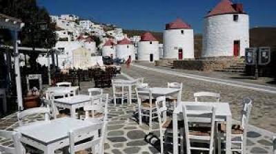 Ξενοδόχοι: Τρία στοχευμένα μέτρα για τη στήριξη των τουριστικών επιχειρήσεων