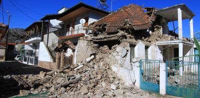 Φόβοι για καταρρεύσεις κτηρίων από ισχυρούς μετασεισμούς στην Ελασσόνα – Εκτεταμένοι έλεγχοι συστάσεις στους πολίτες