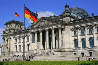 Covid:  Η Γερμανία αποσύρει Αττική και Β. Αιγαίο από τις «περιοχές κινδύνου»