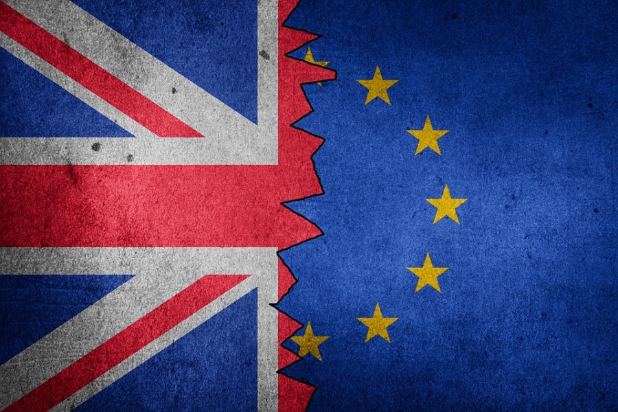 Brexit: Μετέωρη η εμπορική συμφωνία ΕΕ - Βρετανίας - Μπαλάκι ευθυνών ρίχνουν οι ηγέτες μεταξύ τους