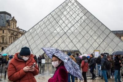Κορωνοϊός: Άλλοι τρεις θάνατοι στη Γαλλία – 23 άτομα βρίσκονται σε σοβαρή κατάσταση