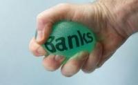 Γιατί αποχωρούν κακήν κακώς οι ξένοι από τις τράπεζες μέσω Goldman και BofA; - Μηδενίζουν οι μετοχές καλή εξέλιξη
