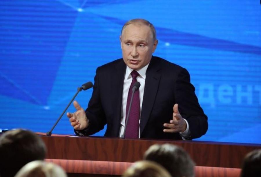 Ο Putin αποκάλυψε ότι εμβολιάστηκε με το Sputnik V - Κατά του υποχρεωτικού εμβολιασμού