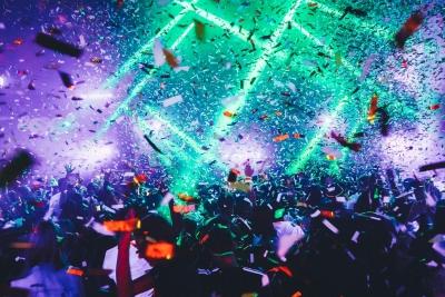Το πείραμα του Λίβερπουλ: Συναυλία με τους Blossoms χωρίς μάσκες και αποστάσεις για 5.000 άτομα