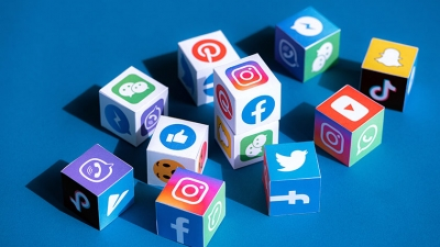 Είσαι celebrities και προωθείς μέσω των λογαριασμών σου στο διαδίκτυο προϊόντα και υπηρεσίες; - Για πέρασε από την εφορία